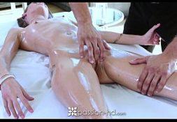 Filme porno gratis com macho bom de transa na foda