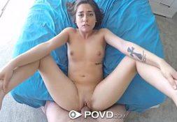 Porno mineiro comendo uma gostosa jovem quente